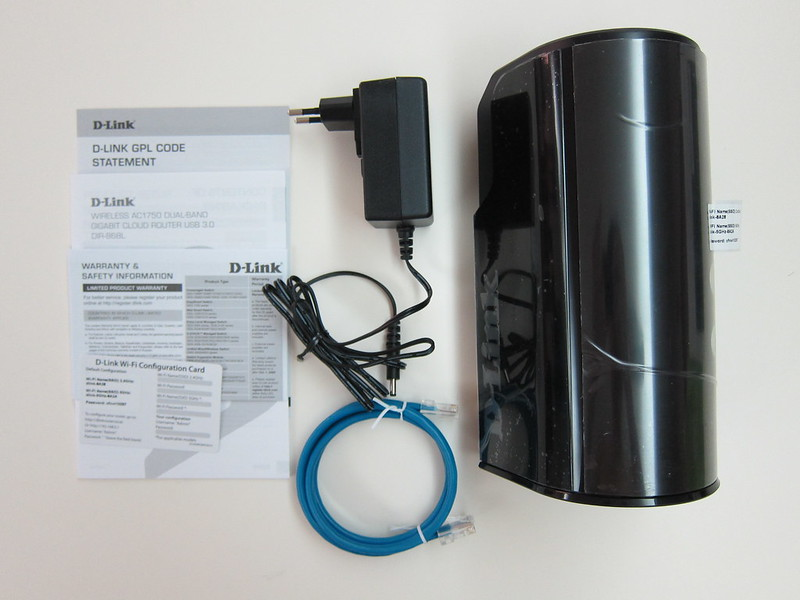 D-Link DIR-868L - Box Contents