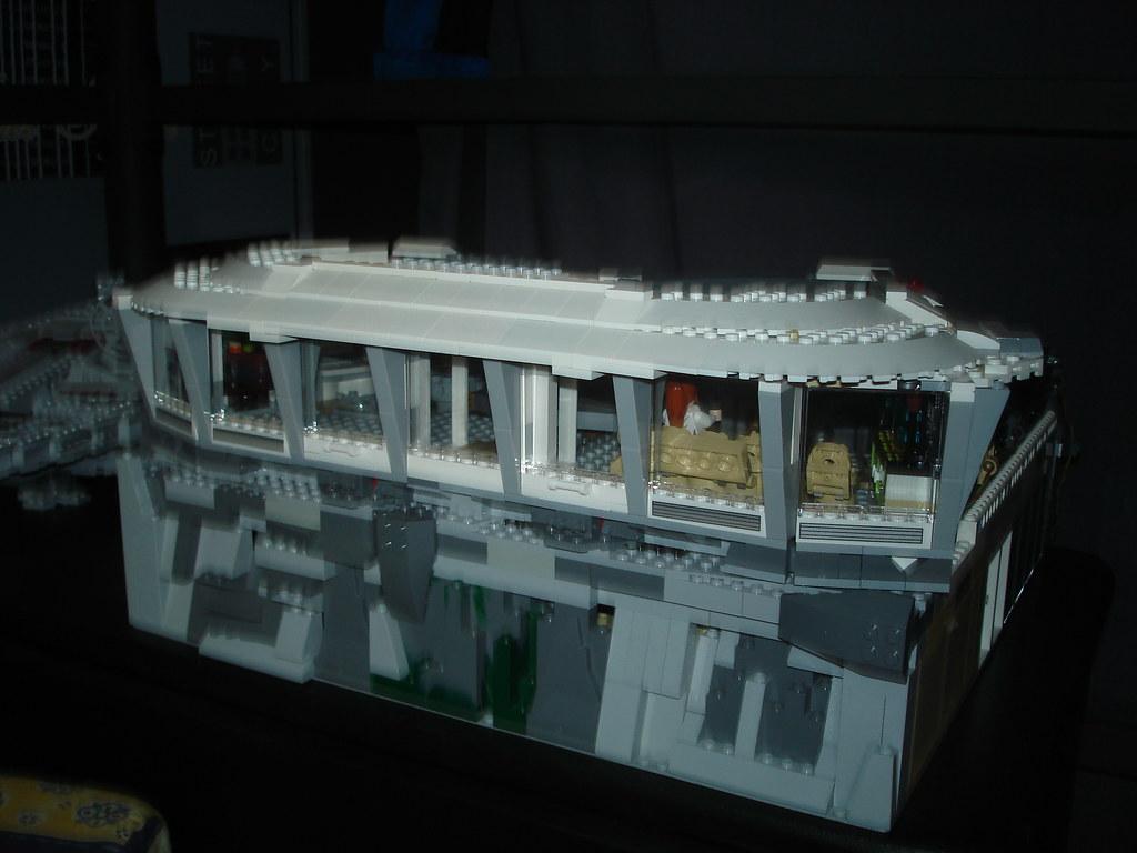 LEGO Malibu Mansion / IRON MAN 3 | www youtube com/user/star… | Flickr