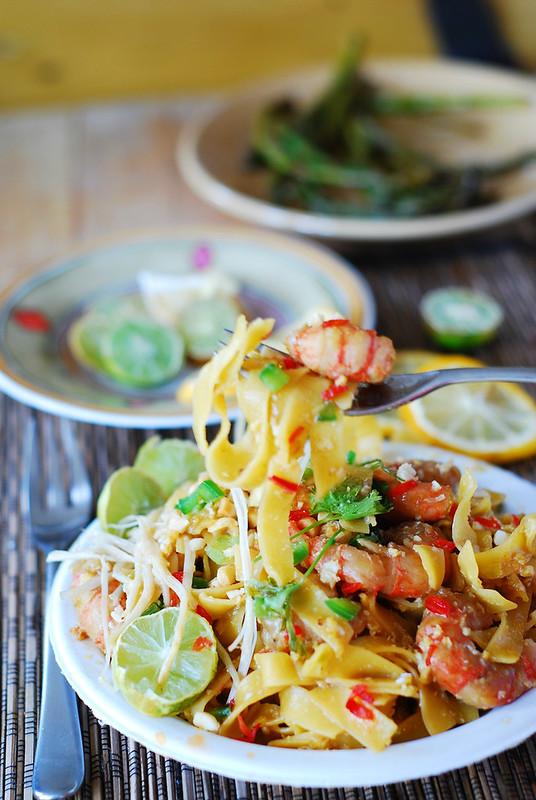 Pad thai noodles with shrimp