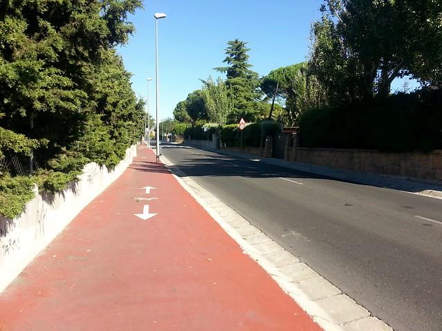 Carril Bici sin indicaciones de uso compartido