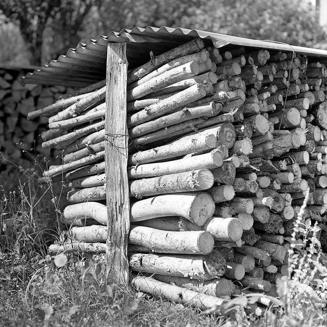 Tas de bois synonyme - Synonyme de construire ...