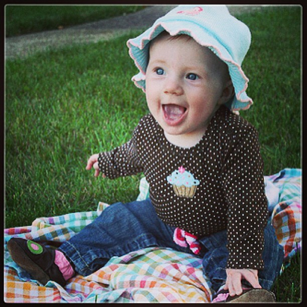 Throwback Thurs: my daughter at 6 months old. Pic taken 4 years ago!   #tbt