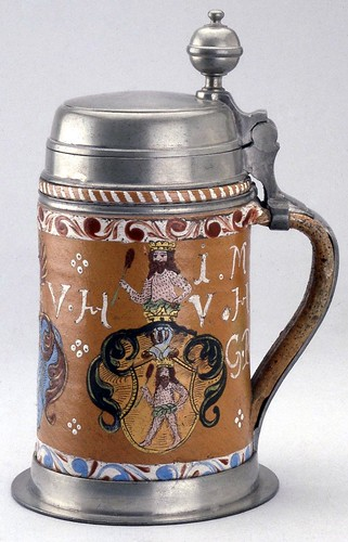 004- Jarra de cerveza- -© The Trustees of the British Museum