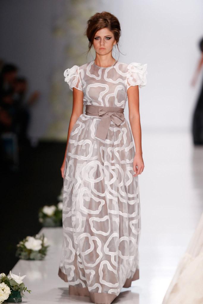 Фото платьев от модельеров