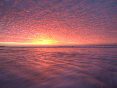 red clouds sunrise sunday haylingisland seashore slowshutterspeed