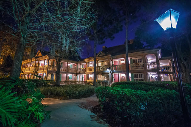 Port Orleans Riverside - Alligator Bayou at Night