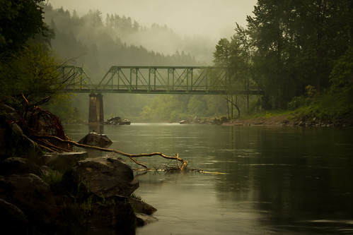bridge rain fog oregon canon river eos spring day sandy steelbridge troutdale sandyriver 70d canoneos70d