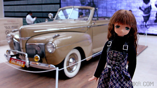 Mia and Vintage Car