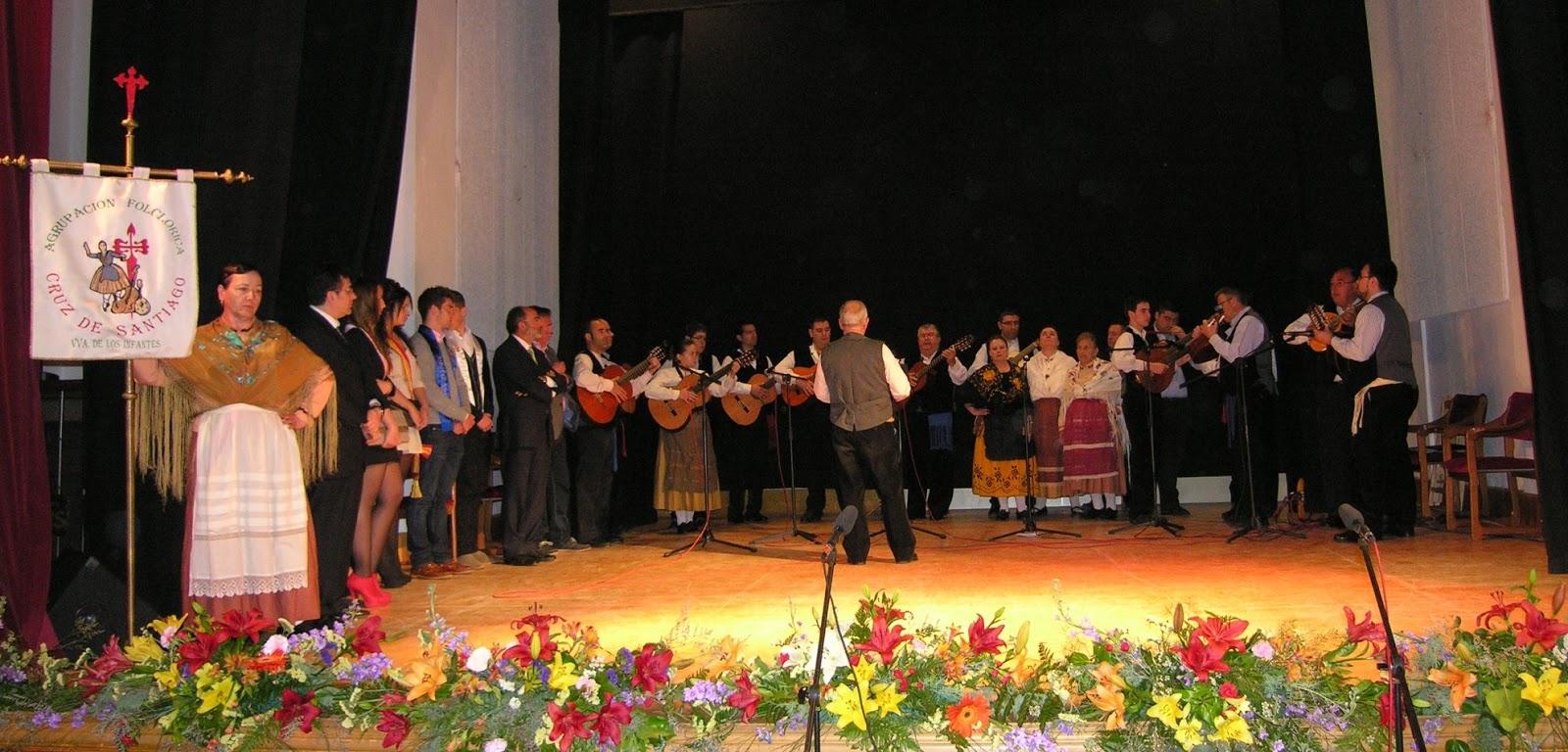 La Asociación Cruz de Santiago canta el mayo. Autor, Excmo. Ayuntamiento de Vva. de los Infantes