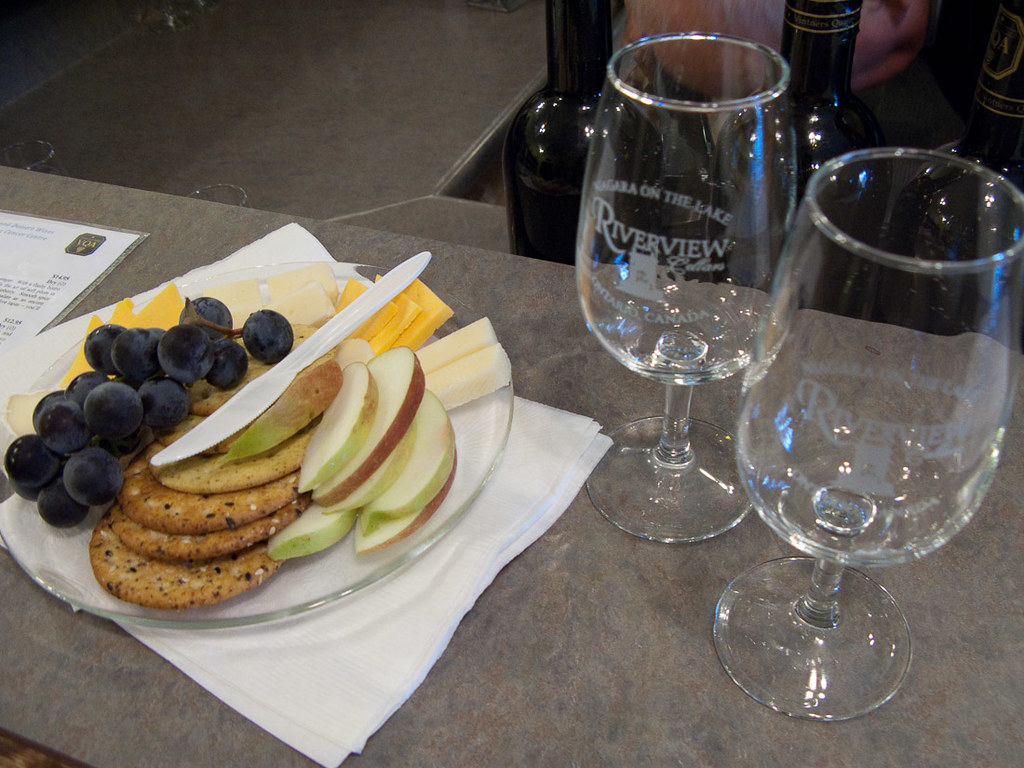 Wine and cheese tasting near Niagara Falls