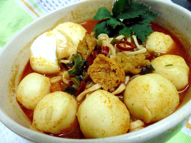 Mamee Chef curry laksa noodles 3