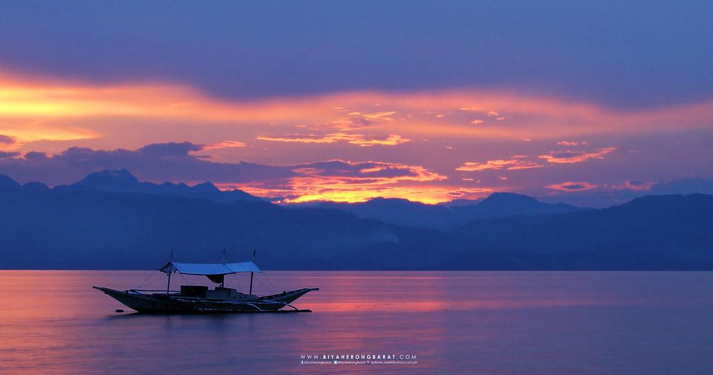 Moalboal South Cebu Panagsama Beach sunset
