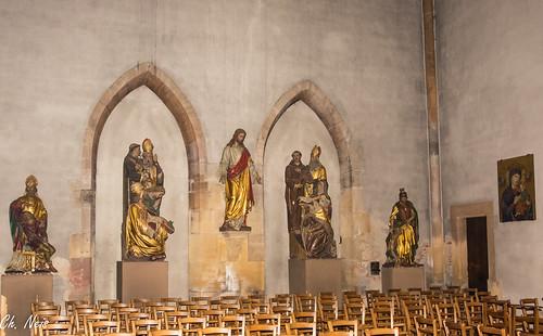 Jesus between the saints