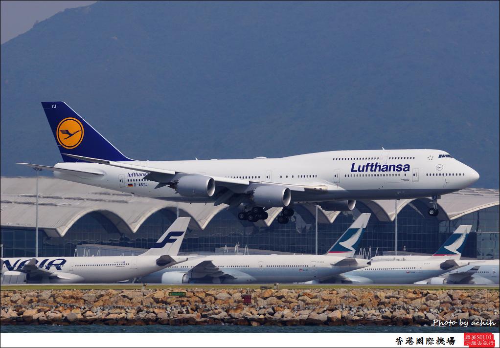 Lufthansa D-ABYJ-001