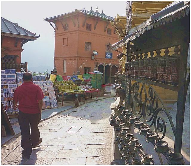 1猴廟旁轉經輪