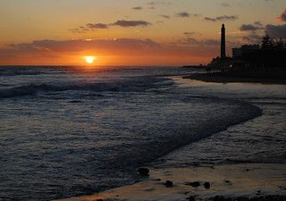 Image of Playa de Maspalomas. d40 espana maspalomas grancanaria sunset lighthouse beach waves clouds spain spanien sea