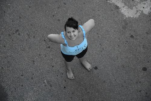 Alina barefoot