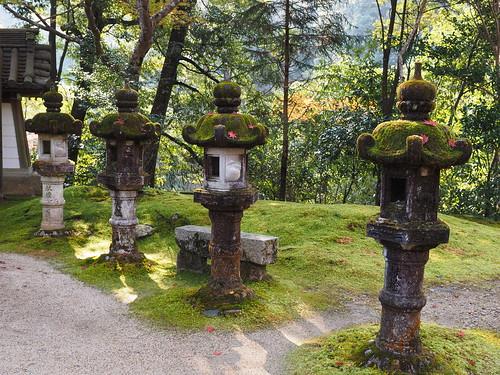 西明寺 灯籠