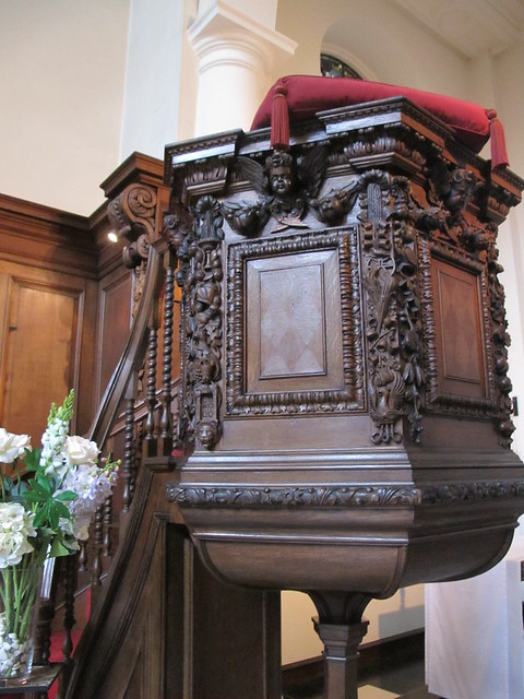 Pulpit with carvings by Grinling Gibbons.