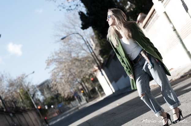 Green-oversized-coat-05