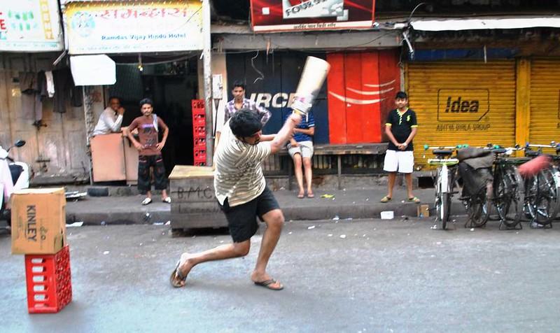 07 cricket callejero Mumbai (61)