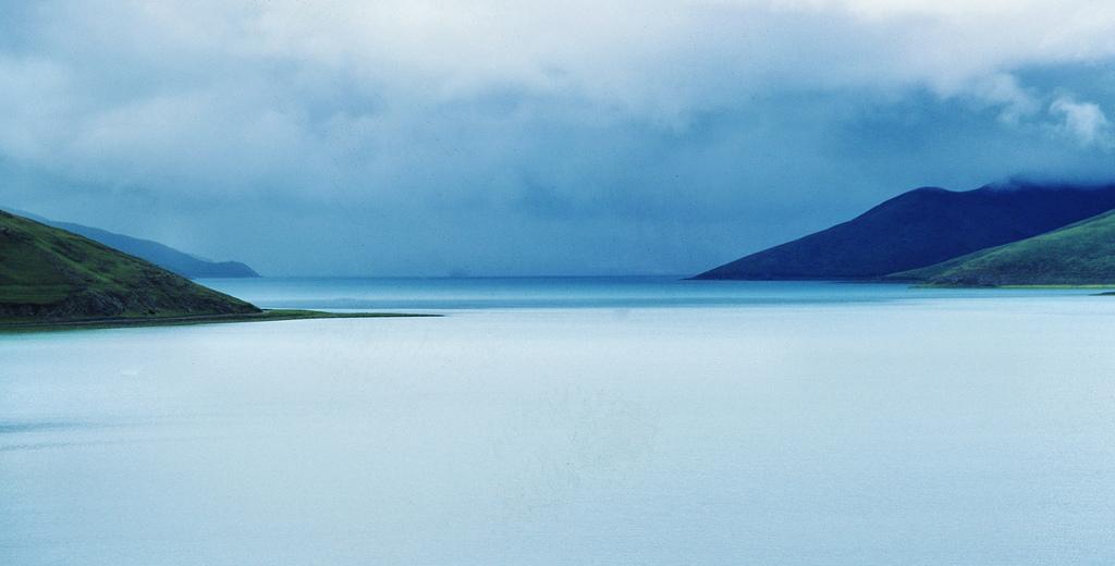 8. Yamdrok Tso, Tibet. Autor, IMs BILDARKIV