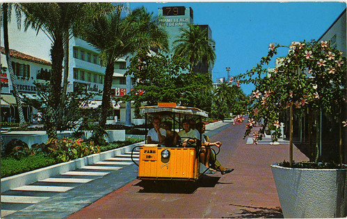 EXOTIC LINCOLN MALL, MIAMI BEACH 1960S