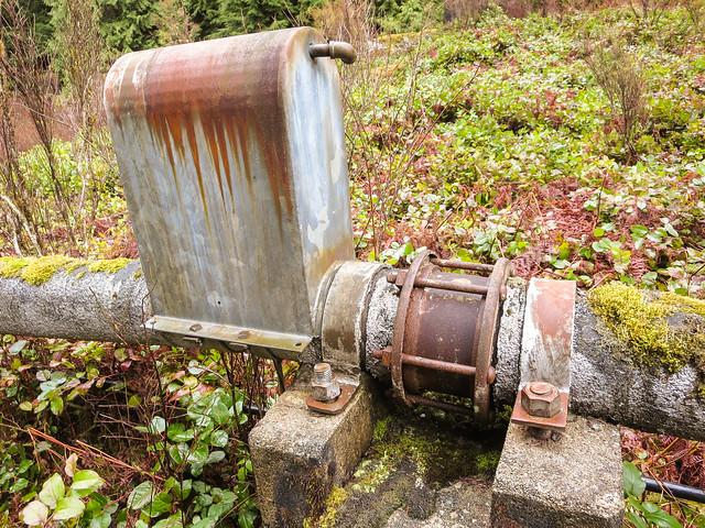 Interesting apparatus on pipeline