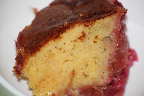 Rhubarb Walnut Sponge