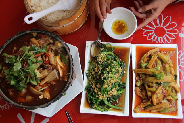 Man Tang Hong Hot Pot restaurant in Kathmandu, Nepal