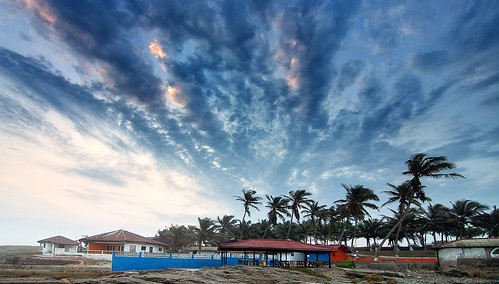 africa door blue sunset cloud west buildings restaurant pub rocks day cloudy dusk perspective palm next tokina ghana after 11mm nextdoor 1116mm paulinuk99999