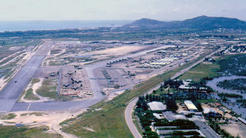 Vũng Tàu Airport 1966-67 - Photo by Gary Delano