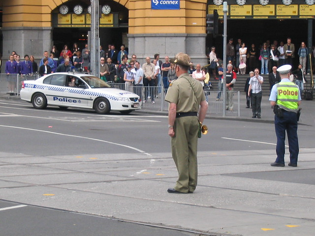 Remembrance Day 2005, Melbourne - Flinders/Swanston Streets