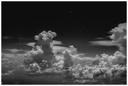 Nube sobre algún punto  del Caribe.