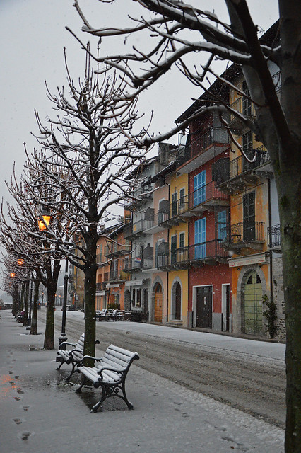 Cannobio, walking in the snow