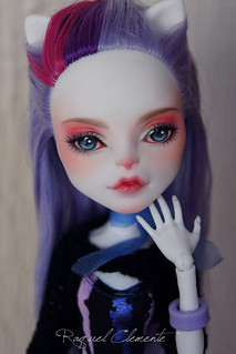 Commission Monster High Catrine de Mew repaint