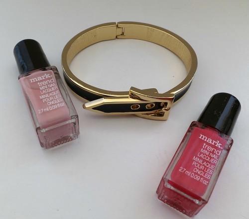mark-Nail-This-Look-Nail-Color-Bracelet-Set