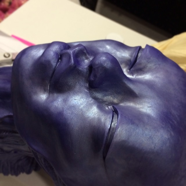 Someone would like to say hello. She doesn't gave her face on yet, all natural ;) #muertita #casting #process