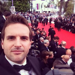 Lights, camera, selfie...I'm on the carpet for the Cannes kick-off #Cannes #NicoleKidman #Premiere #RedCarpet