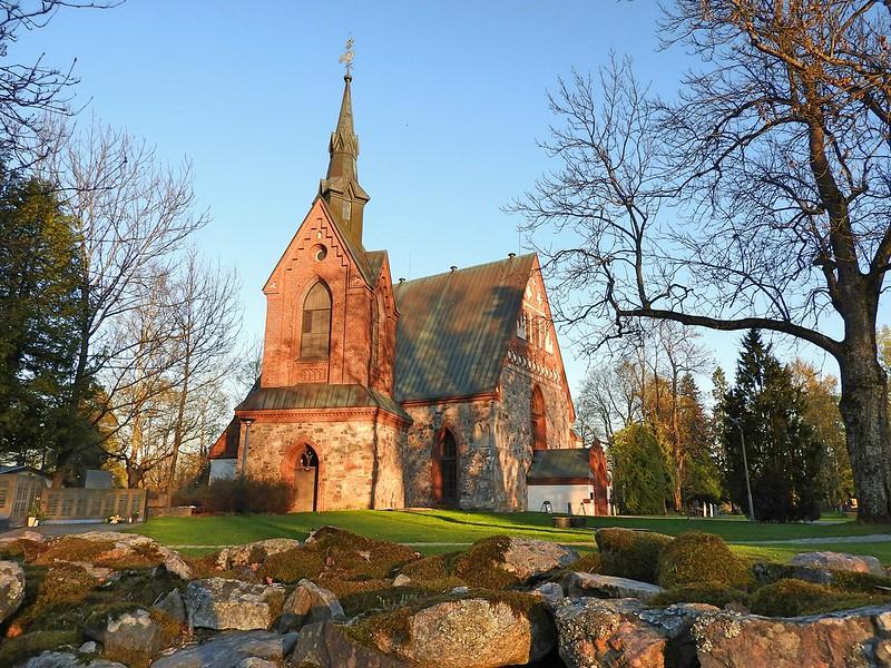 The Church of St. Lawrence, Vantaa, Finland - SpottingHistory.com