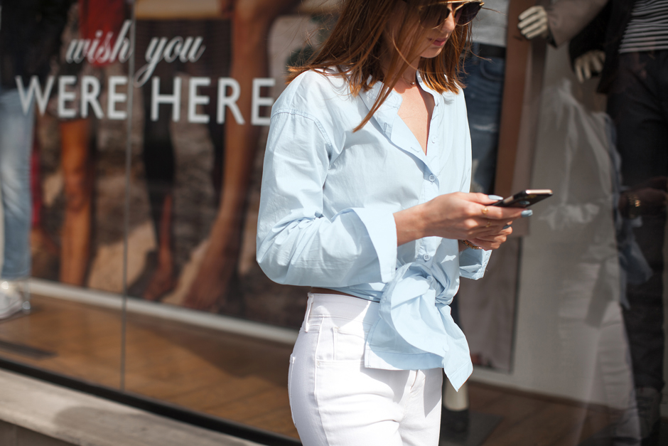 light-blue-mens-shirt-outfit-street-style