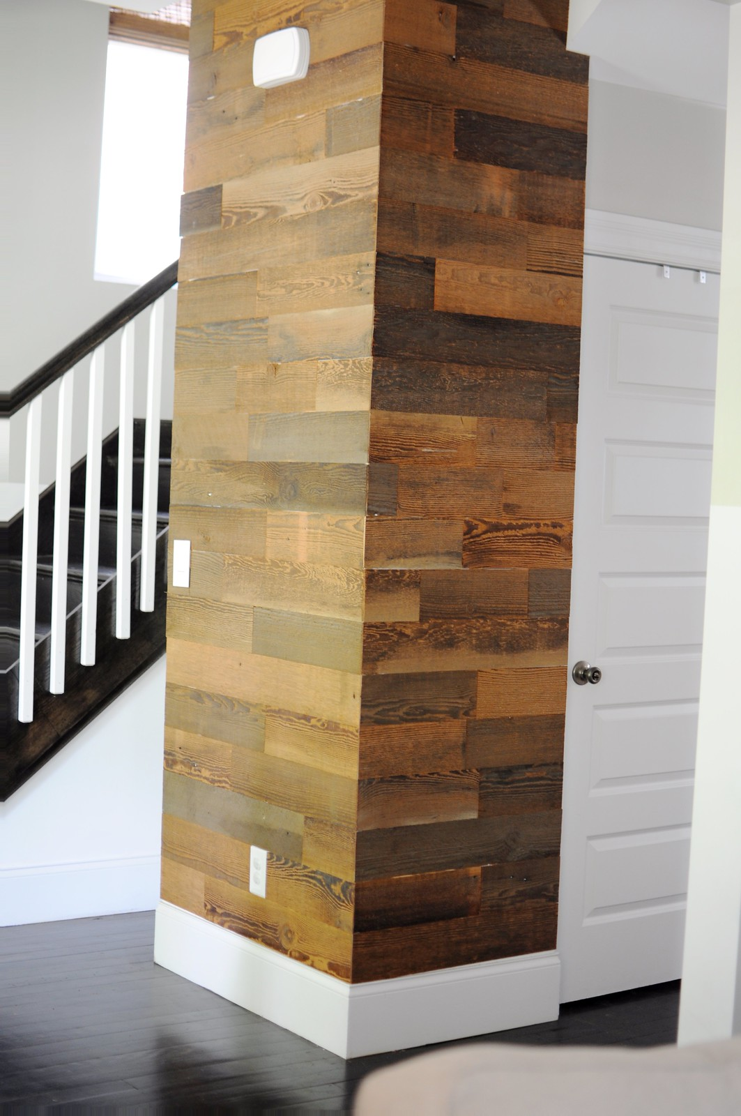 DIY Stikwood Installation