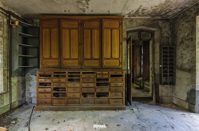 Abandoned Manor P-5
