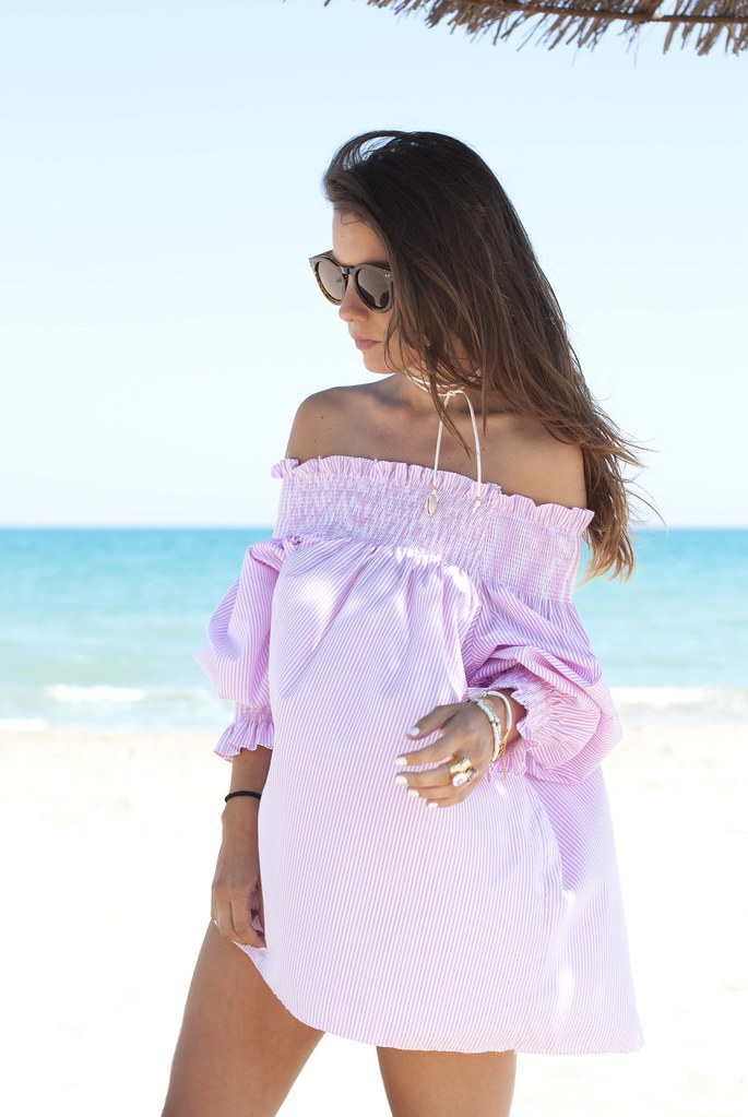 09_off_shoulder_dress_summer_fashion_blogger.