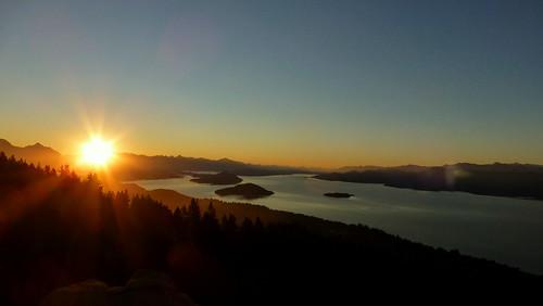 patagonia parquenacionalnahuelhuapi paraíso lagonahuelhuapi lago lake bariloche atardecer sol 387