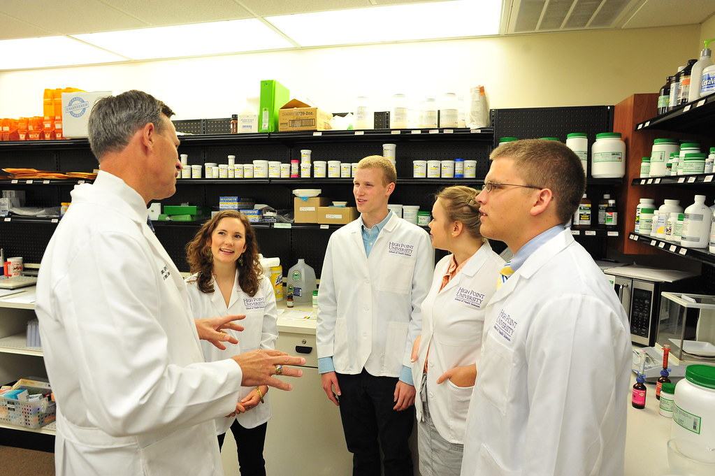 What are the prerequisites for pharmacy school?