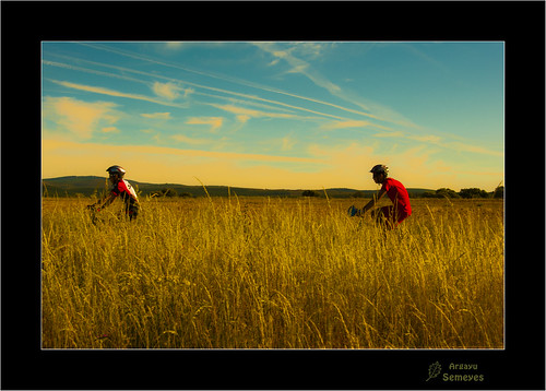 Pedaleando by Argayu