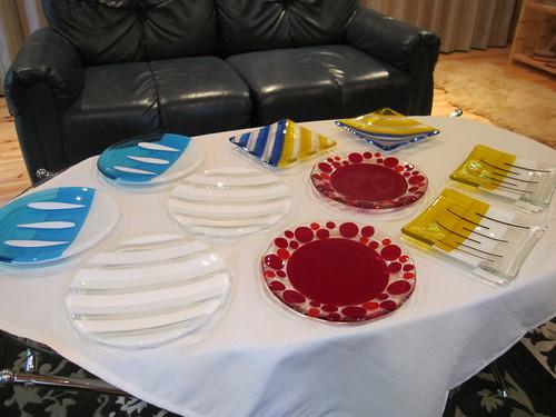 色とりどりのお皿たち by Poran111