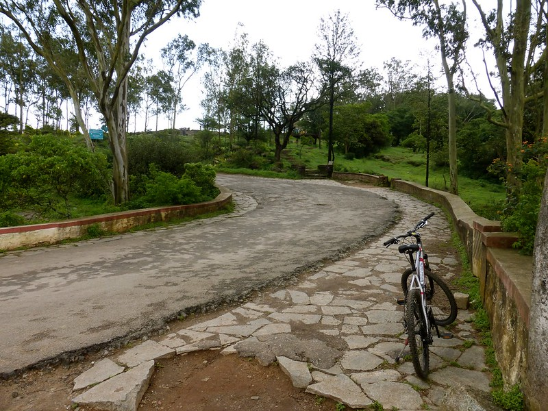 Cycling to Nandi Hills - inside the fort