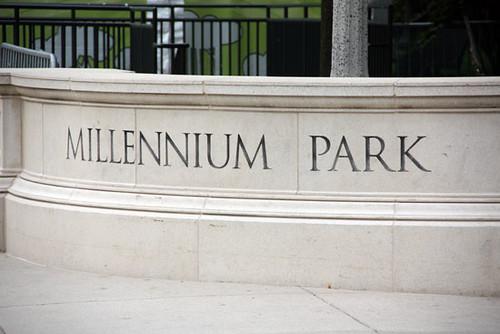 Millennium-Park-sign